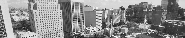 Newark skyline b w 1142x240 1